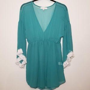 Francesca's women's sheer green top size s/m